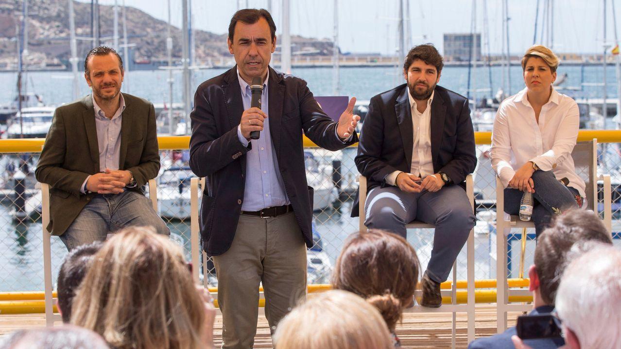 Iglesias: «¿Puede garantizar que sus candidatos son, al menos, tan limpios como usted?».Ángel Garrido y Cristina Cifuentes