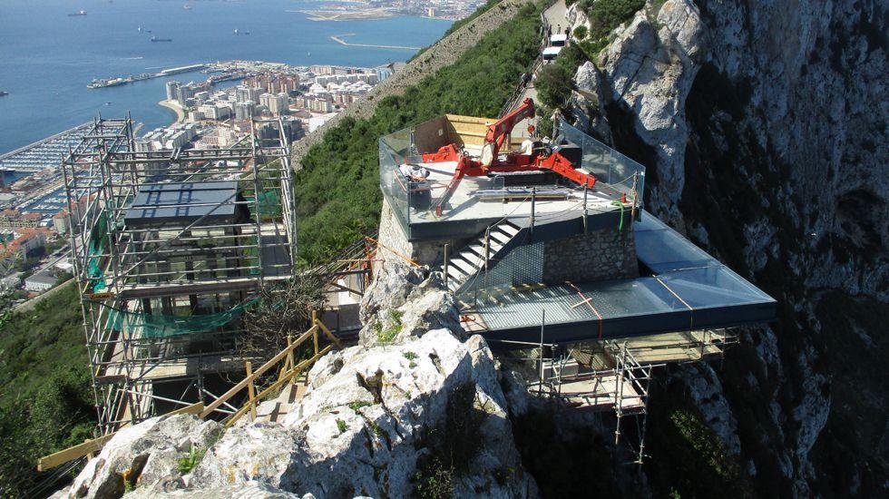 Imagen de las obras de construcción del mirado de Gibraltar, adjudicado a Ales Iluminación.Imagen de las obras de construcción del mirado de Gibraltar