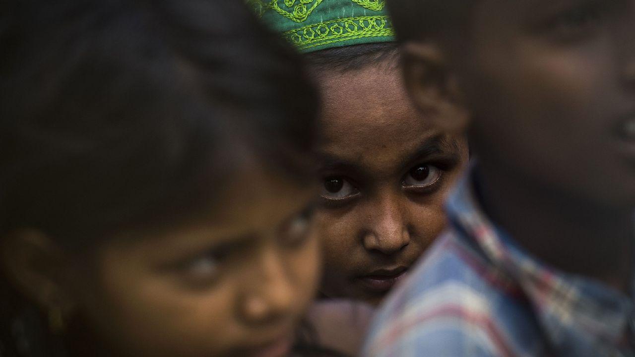 .Niños refugiados Rohingya en Myanmar