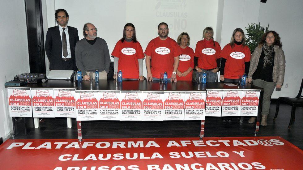 Afectados por las cláusulas suelo.Oficina de Caja Rural en Oviedo