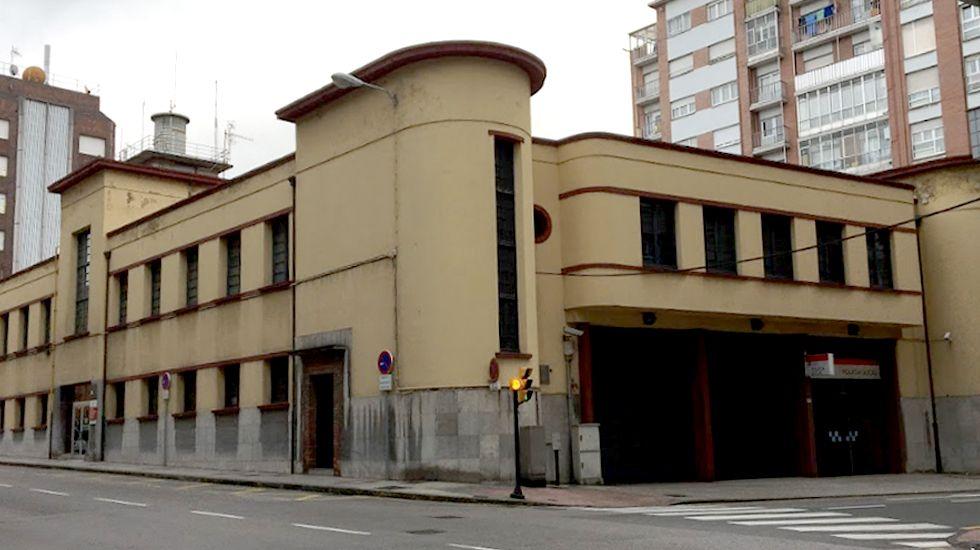 El Hilton de A Coruña abrirá en Semana Santa del 2020 y costará 10 millones de euros.Edificio de la Policía Local en Gijon