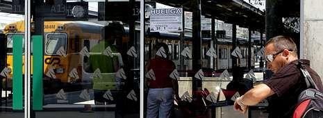 Vigo (en la imagen) suma el mayor número de trenes cancelados por la huelga y Santiago el volumen más alto de plazas afectadas.