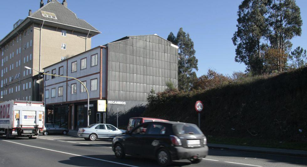 Entra a tiros en un supermercado de Ourense.Reunión de los empresarios del Consejo de Competitividad en La Moncloa, en mayo del 2015