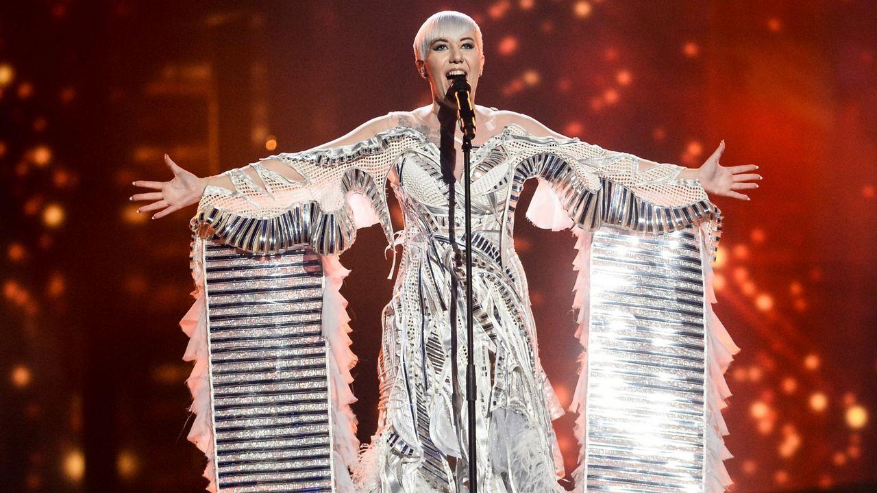 Los vestidos que dejaron huella en Eurovisión (y no precisamente por su hermosura)
