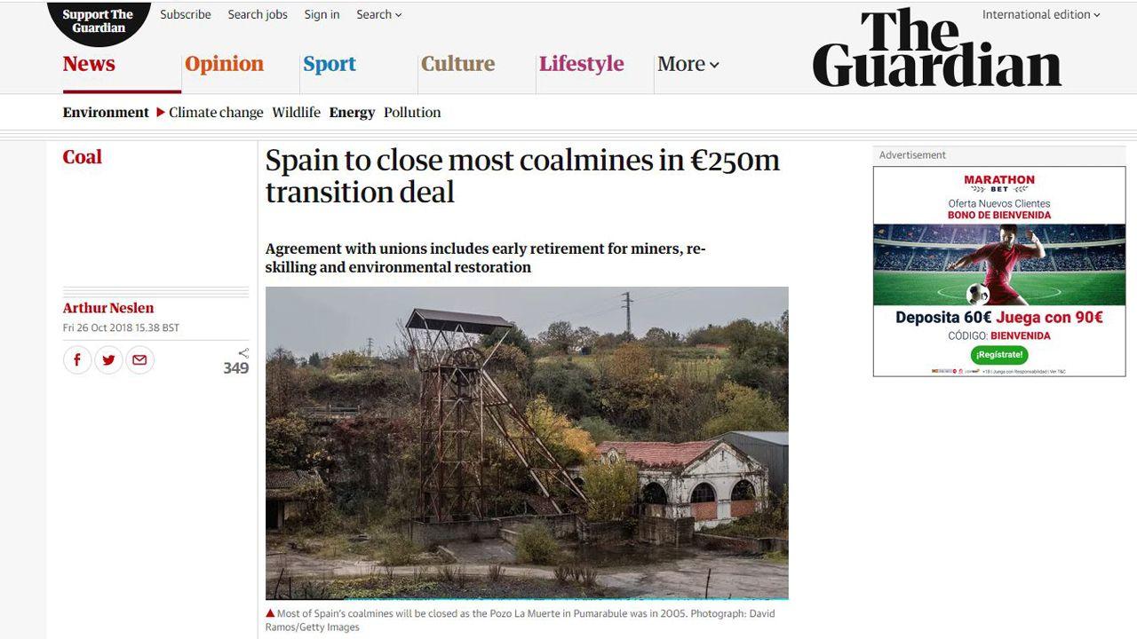Marcha minera por las calles de Oviedo.Una fotografía del pozo Pumarabule ilustra la noticia de The Guardian sobre el fin de la minería en España