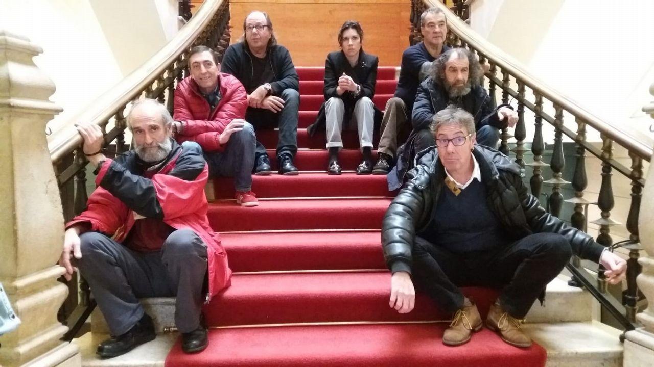 Oficinas de la Renta Social Municipal en El Coto (Gijón).Integrantes de la PAH piden la dimisión de la concejala Eva Illán