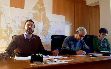 El alcalde de Vilasantar atacó las tarifas establecidas por Curtis