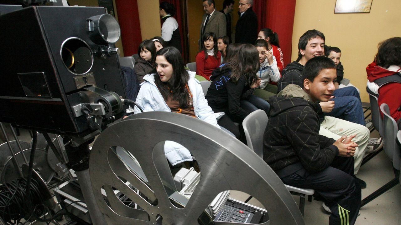 Nieve en Oviedo.El actor y creador de la ficción Berto Romero durante la presentación de la serie  Mira lo que has hecho