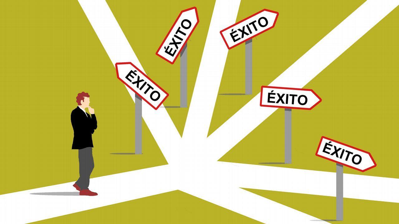 La ministra de Industria y Turismo, de paseo por Vigo.rabajadores de Alcoa concentrados en la plaza de España de la Avilés, para pedir la intervención del Estado en las fábricas de Alcoa local y de A Coruña