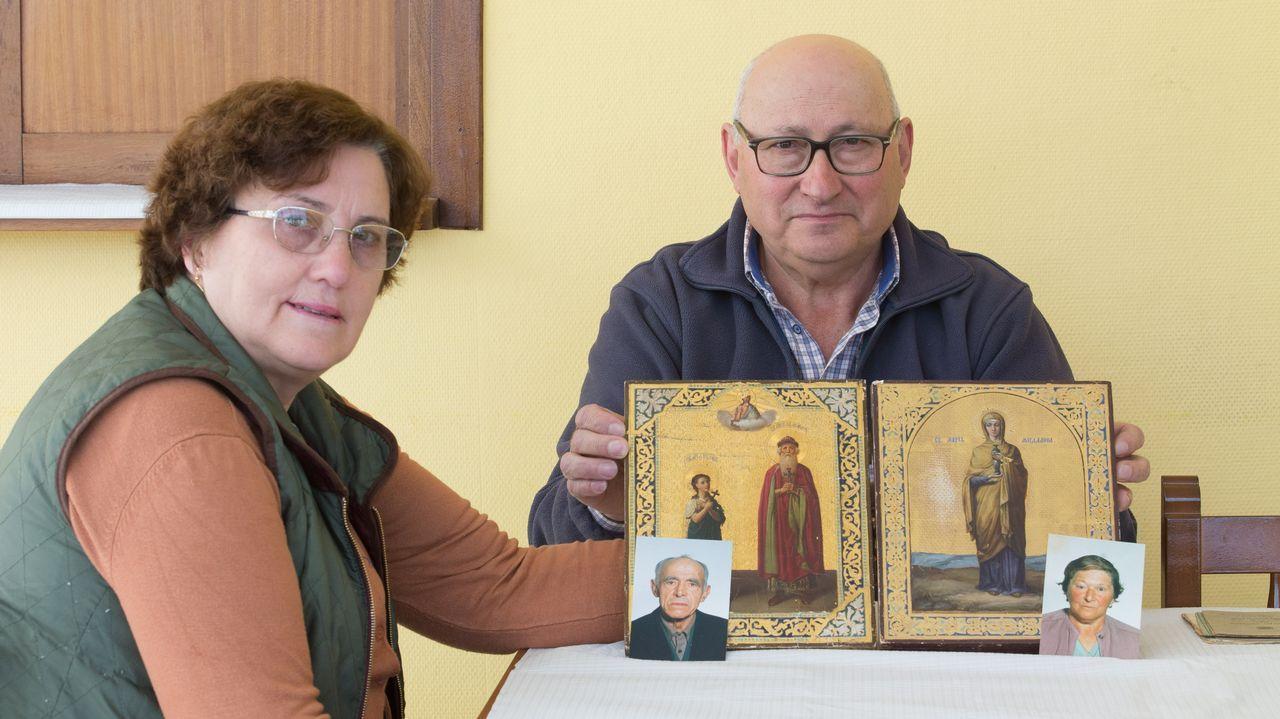 Cuatro escenas del altercado del campus de El Milán.Descendientes de Jesús Penabad con los iconos rusos que han encontrado