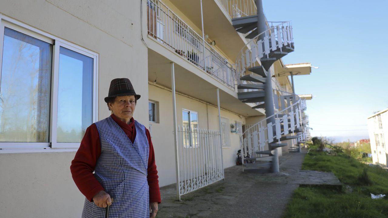 Los cambiadores para bebés serán obligatorios en los baños para hombres de Galicia.Rosa Arcos fue una de las ponentes en la jornada coordinada por Boca de Sapo en Corcubión