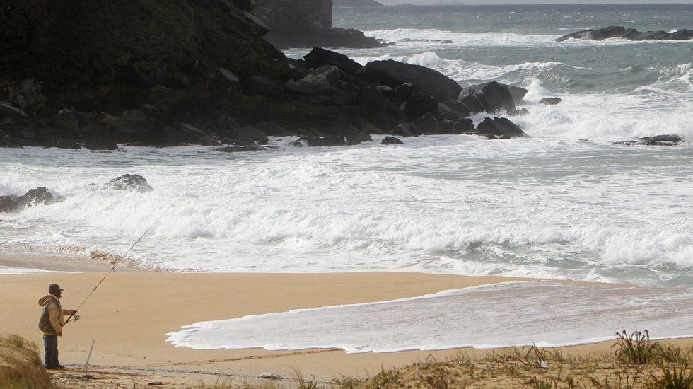 Playa de Retorta, en Boiro.Playa de Foxos, en Sanxenxo