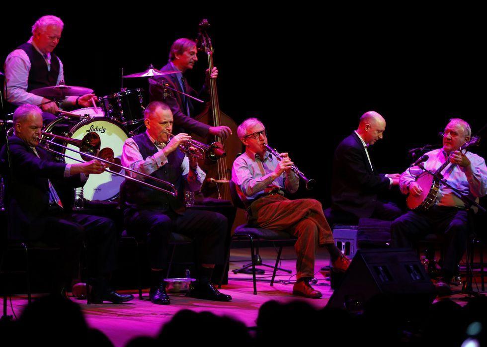 Allen, al clarinete, con la banda de Eddy Davis.