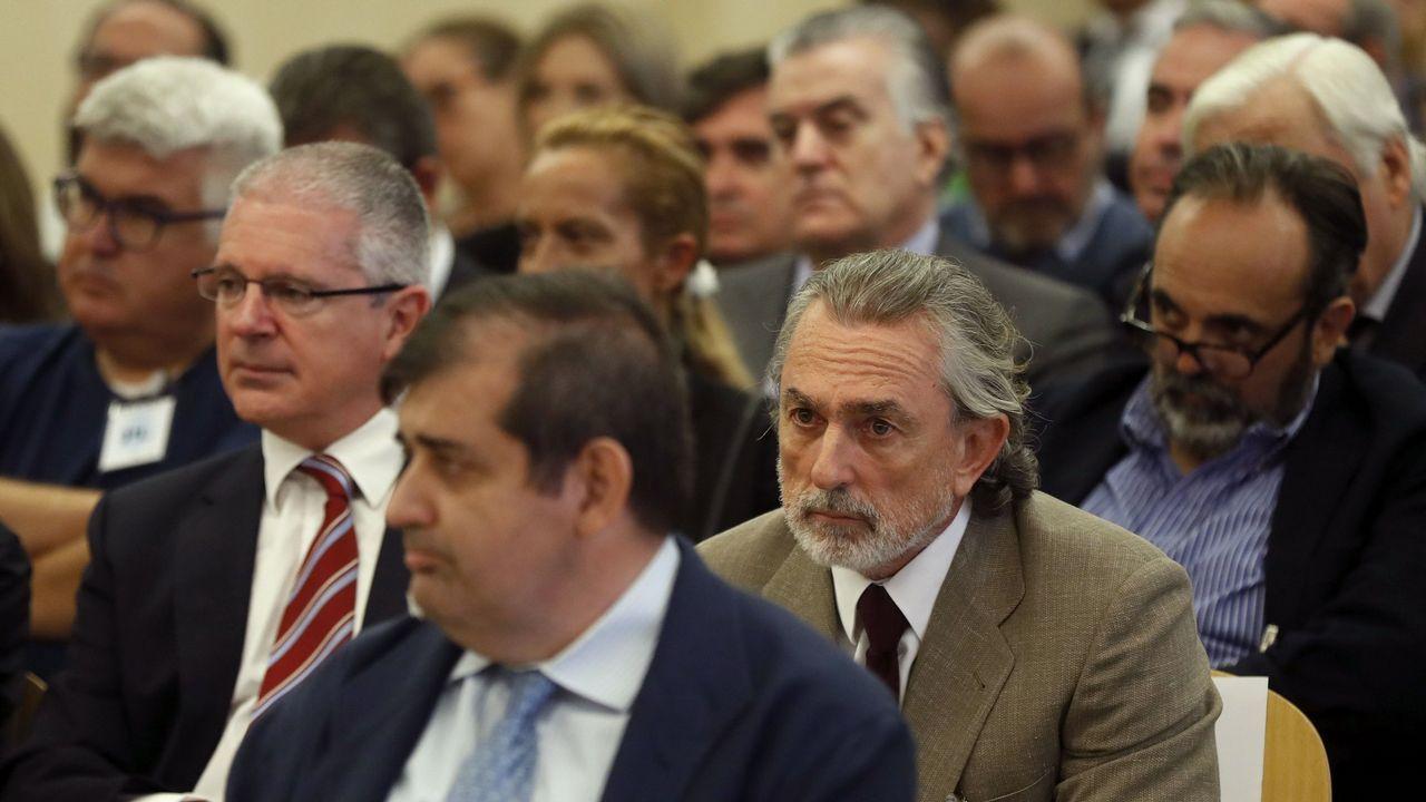 PLENO DEL CONCELLO DE A CORUÑA CON LA VOTACION DE LOS PRESUPUESTOS MUNICIPALES. EL ALCALDE XULIO FERREIRO BAAMONDE