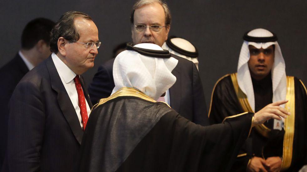 .José Manuel Revuelta, a la izquierda, en Arabia Saudí