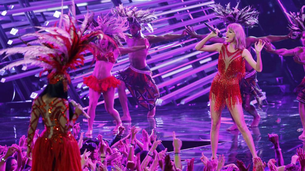 Taylor Swift y Nicki Minaj en los premios MTV