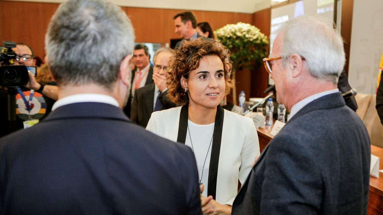 .La ministra de Sanidad, Dolors Montserrat, durante la presentación de Barcelona para albergar la sede de la Agencia Europea del Medicamento.
