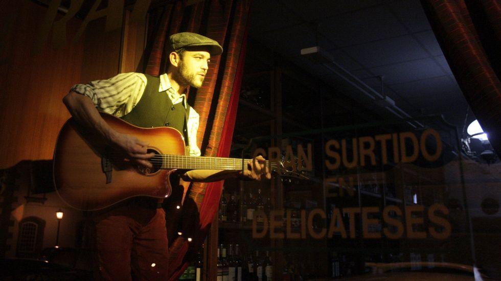 Rubén Artabe, en una actuación