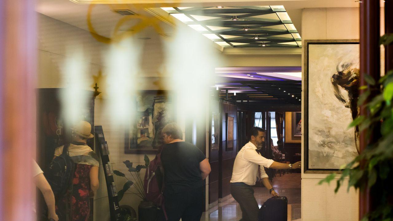 .En la imagen, el vestíbulo de El Suizo, donde este verano la ocupación superó el 95%