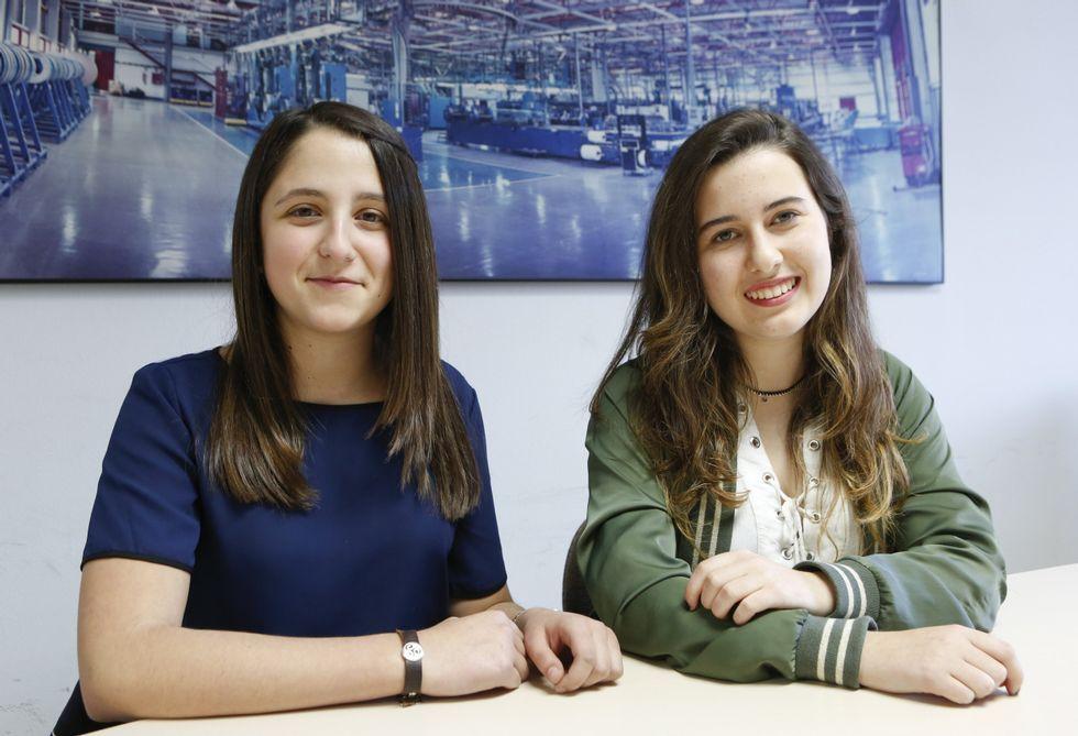 .Noa Rodríguez y Cristina Rivera son amigas y compañeras de clase en el Parga Pondal.