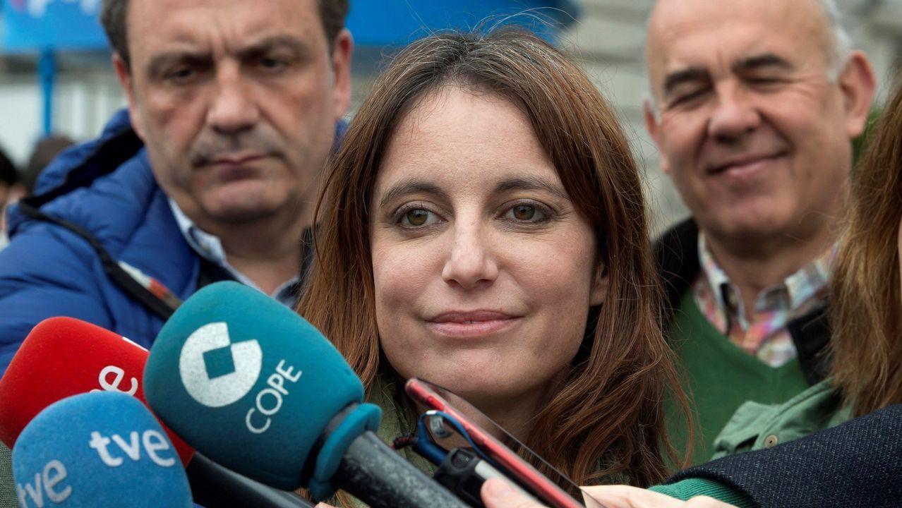 Teresa Gómez-Limón, en una concentración de las víctimas del Alvia