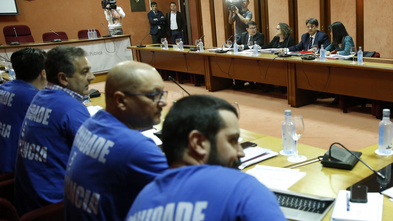 Imagen de una de las reuniones entre Xunta y sindicatos para negociar el fin de la huelga