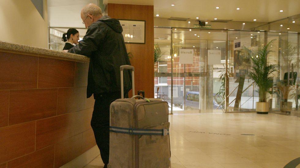 Imagen de archivo del 2008. Recepción del Hotel Barceló Almirante (Ferrol).