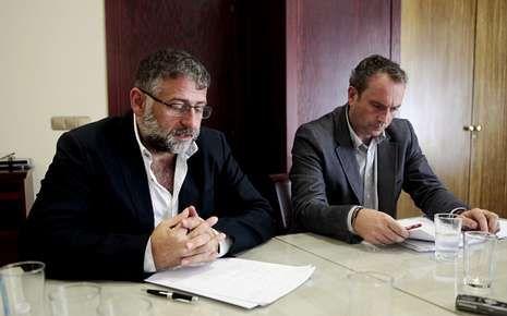 Manuel Cuíña y Pablo García, ayer en Silleda.