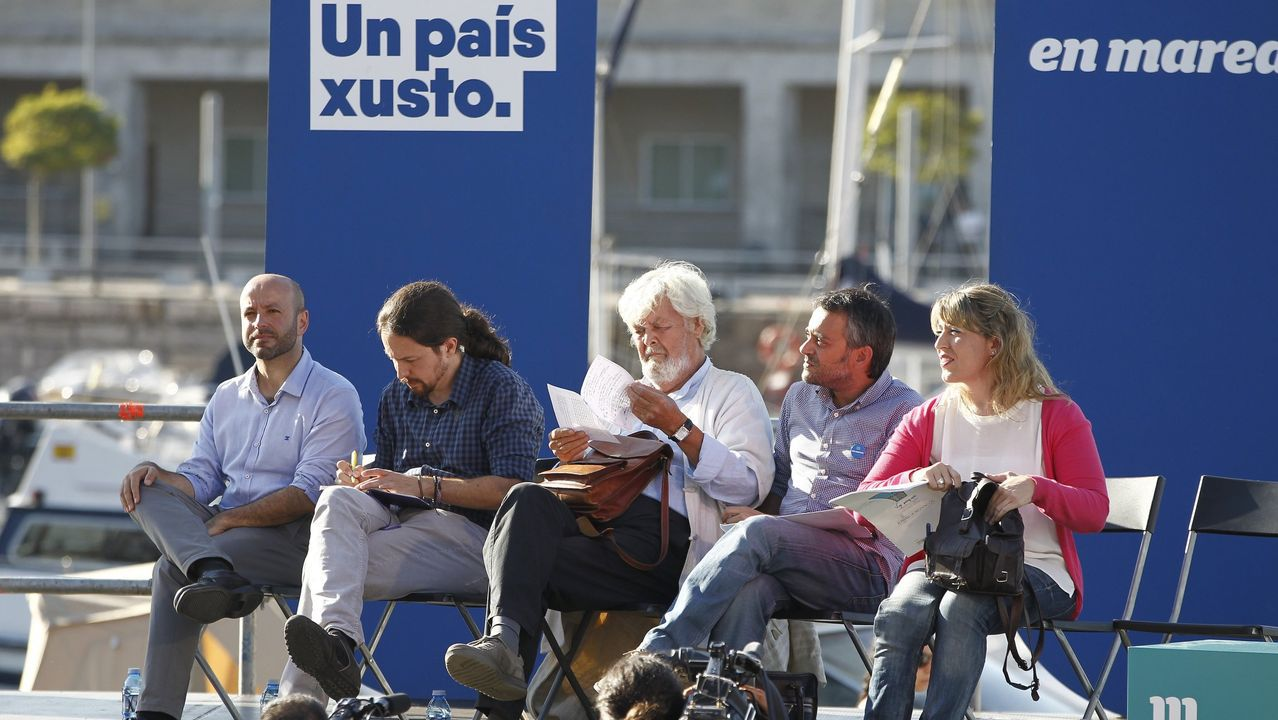 José Tomé se hace con el control del PSOE de Lugo para gobernar la Diputación.Manuel Valls,que seguirá como concejal, exigió a Colau que retire el lazo amarillo del consistorio