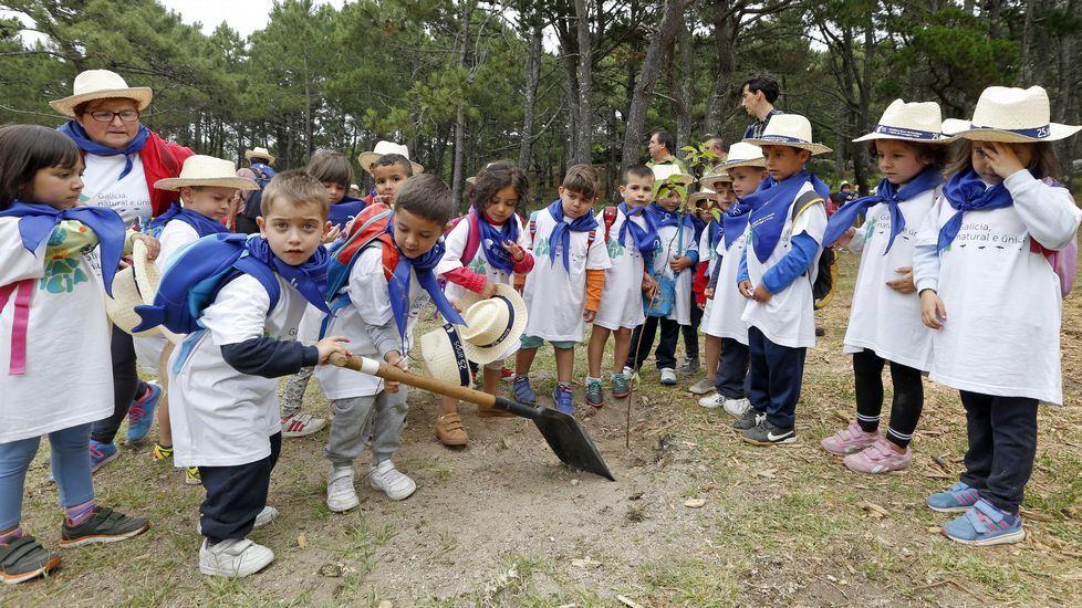 Feijoo en la celebración del 25 aniversario del Parque Natural de Corrubedo.