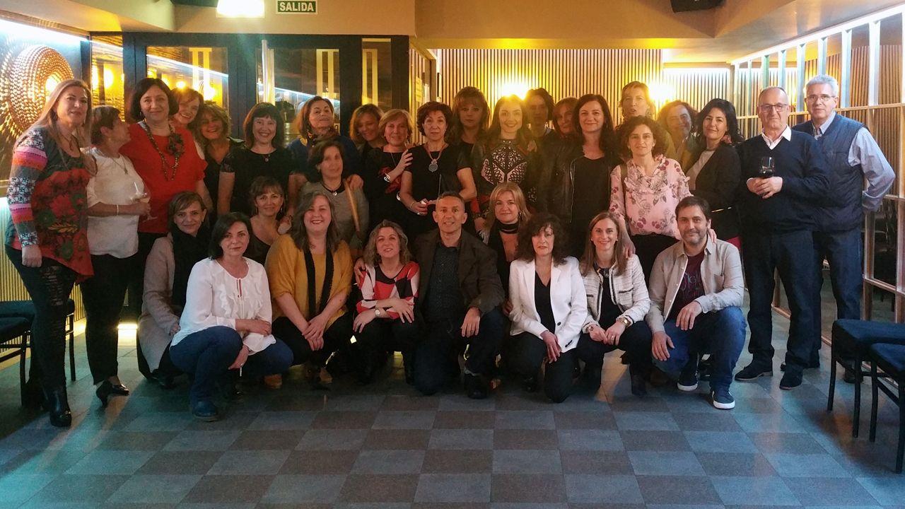 El HUCA celebra el Día del Niño Hopitalizado.Primera promoción de Fisioterapia de la Universidad de Oviedo