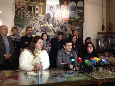 Así fue el lío que provocó el camarero del 25-S.Presentación del Consello Cidadá Galego de Podemos