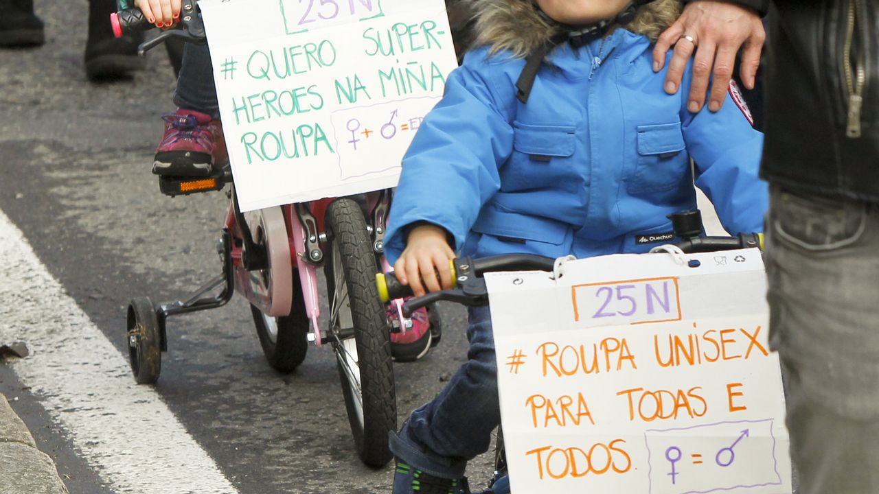 Manifestación contra la violencia machista en Santiago