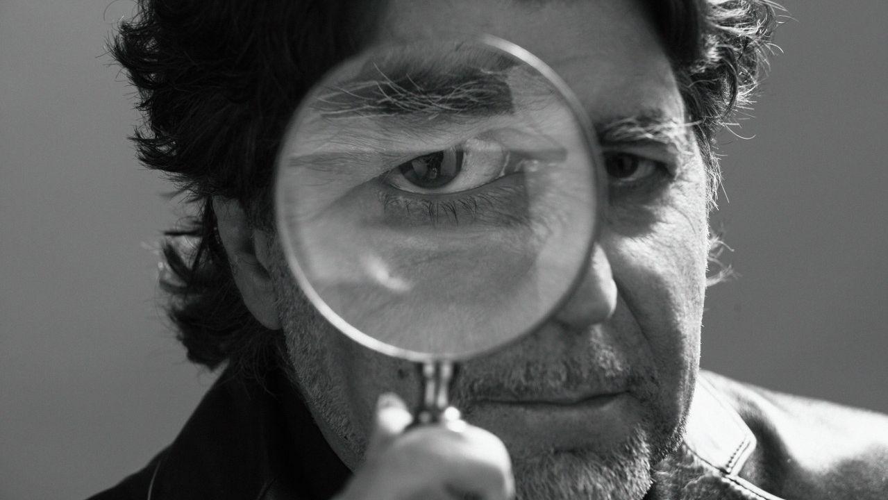ALBERTO ARECES LEVANTANDO LA COPA DE EUROPA QUE GANÓ EL LICEO CAIXA GALICIA EN 1988