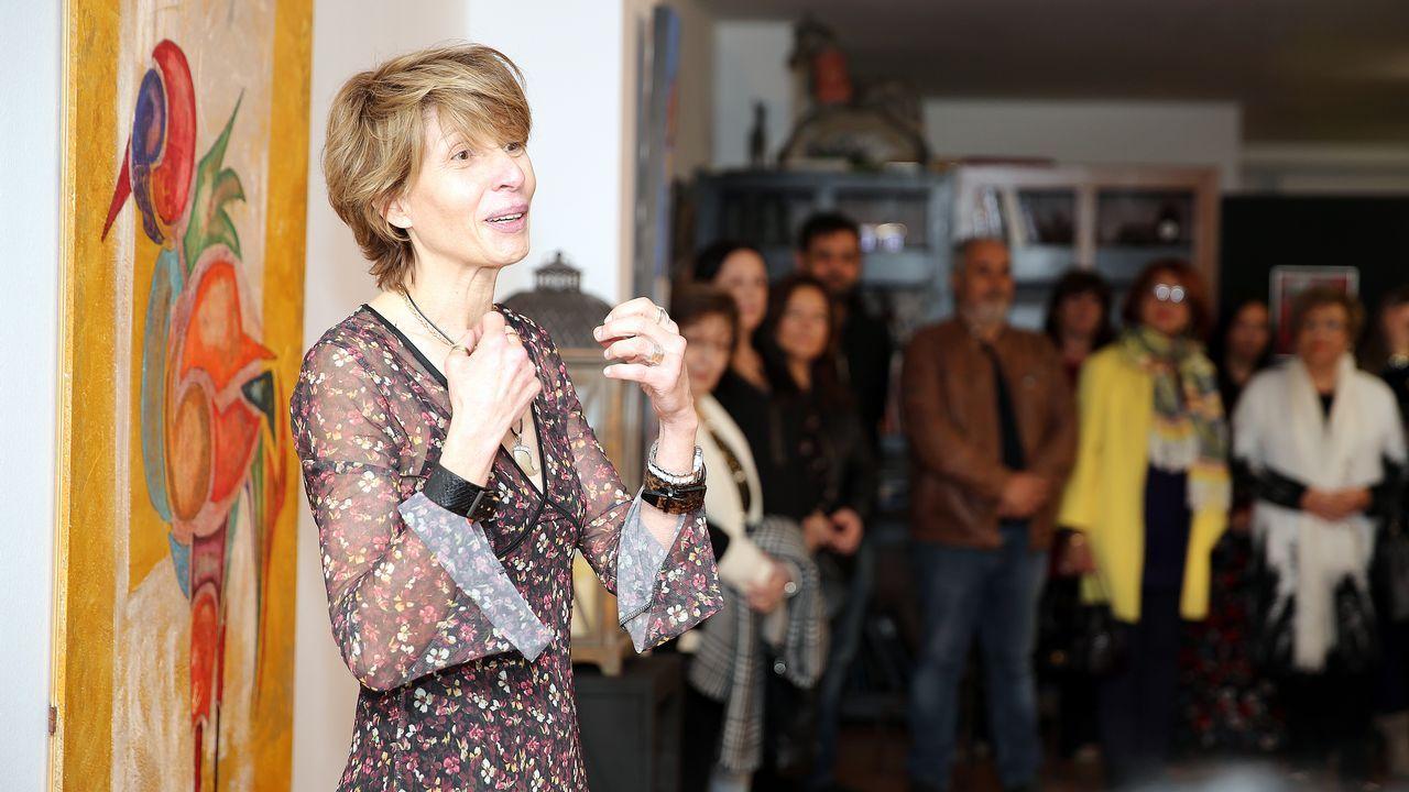 Lomana, en el polémico cartel del «VuELve» Pablo Iglesias