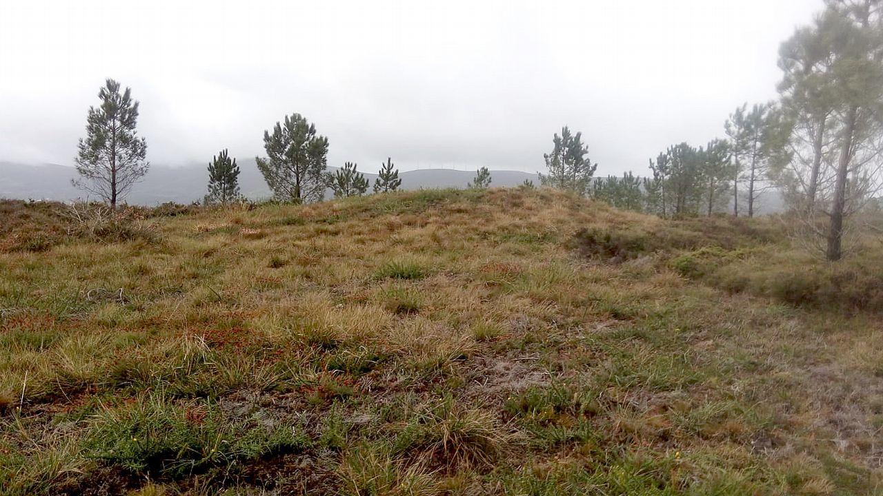 Exemplos de construcións tradicionais de pedra sen argamasa.A contorna, de gran relevancia histórica e medioambiental, corría o risco de desaparecer