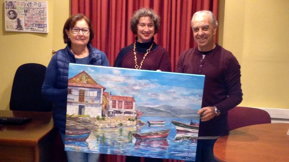 Las Sardina del Antroxu gijonés 2018, su madre -a la izquierda- y sendos acompañantes