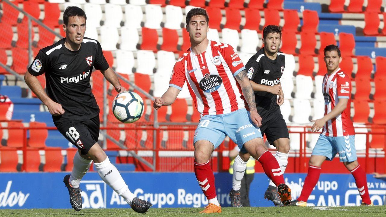 Juan Antonio Anquela durante el triangular que Real Oviedo, Deportivo Alavés y Real Valladolid han jugado en El Berrón