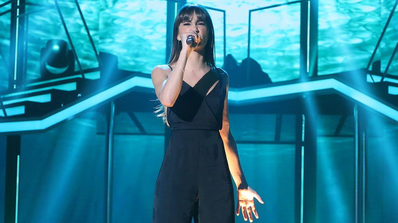 Así cantó «Chandelier» Aitana.