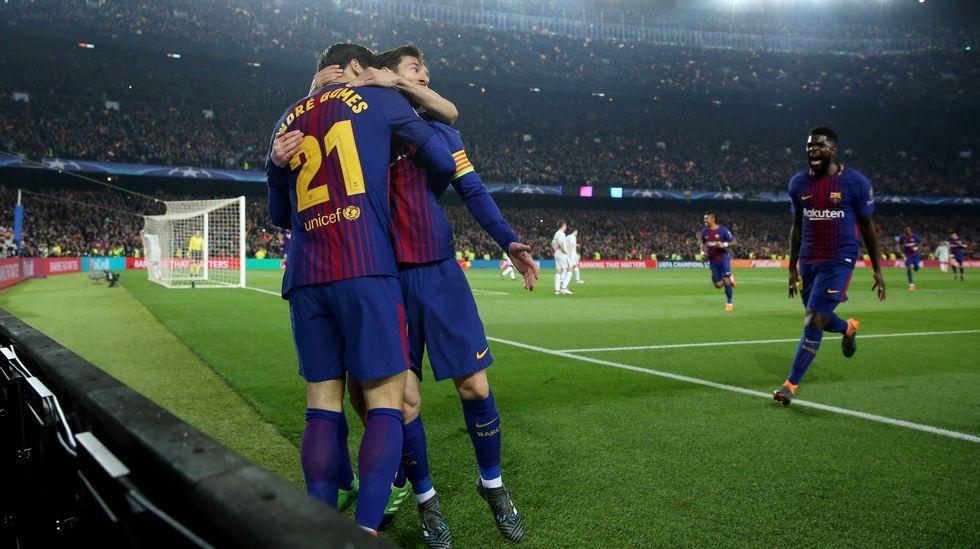 Saul Aaron Horizontal.Andre Gomes celebra el tercer gol del Barça junto a Messi