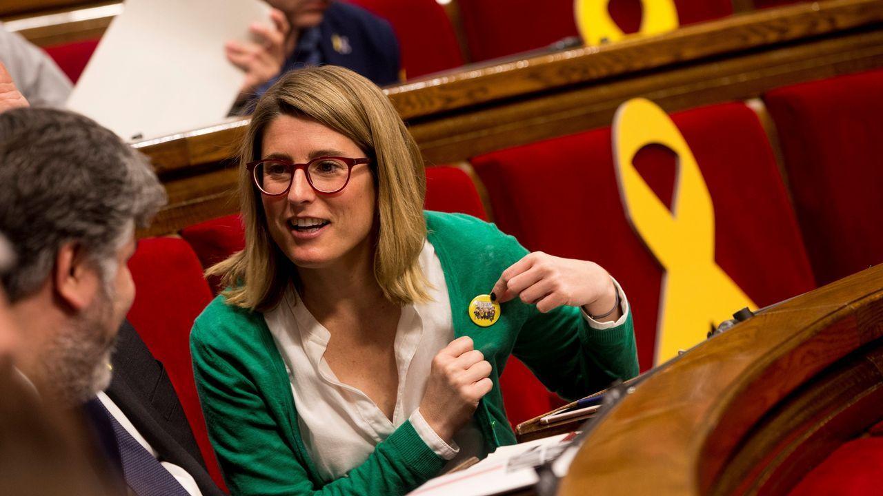 Quim Torra: «Nuestro presidente es Puigdemont y seremos leales al mandato del 1-O».Después del apoyo de ERC y Jordi Sánchez, ayer fueron Òmnium y PDECat quienes avalaron a Elsa Artadi