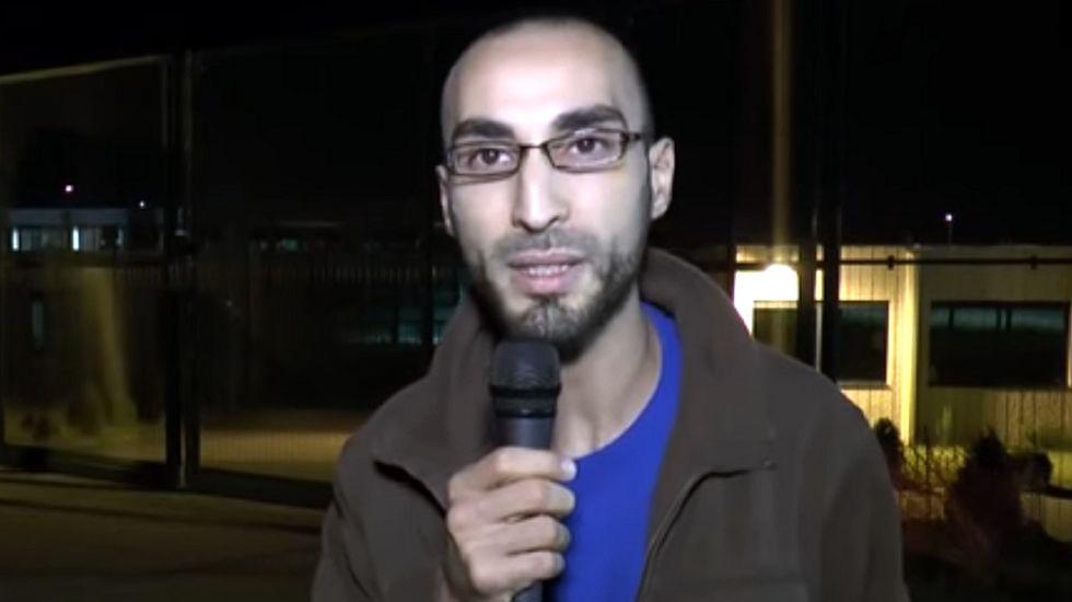 El vídeo en el que el «hombre del sombrero» denunciaba la situación de los musulmanes.Fernando García y Anxo Álvarez, promotores de la iniciativa solidaria.