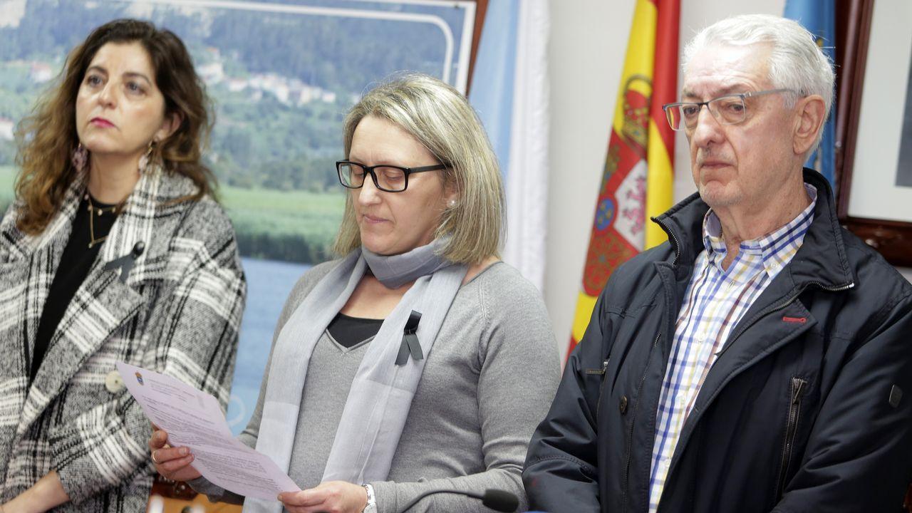 Pleno extraordinario y minuto de silencio en Valga por el asesinato de María José Aboy