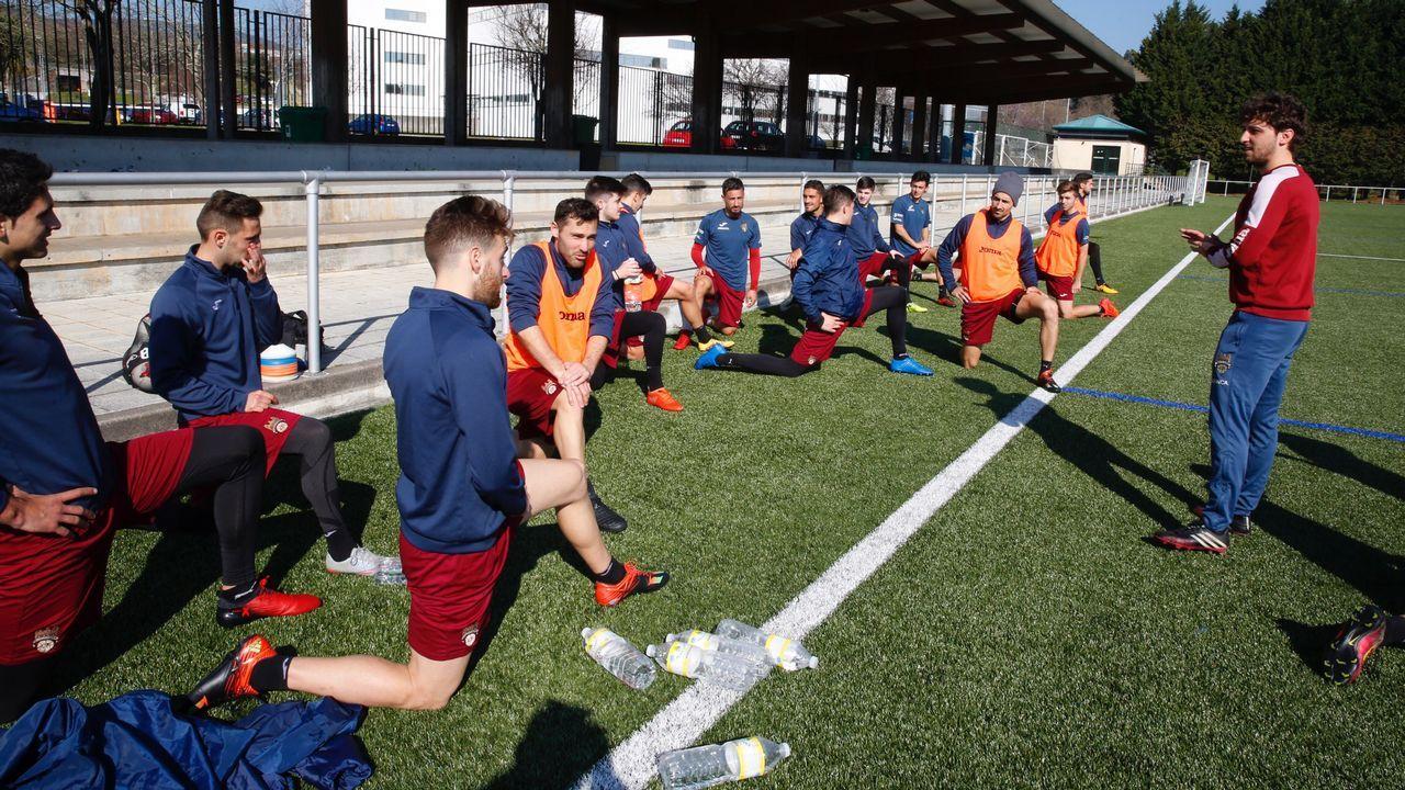 AnquelaLuis Mario Milla Alvendiz Real Oviedo Barcelona B Carlos Tartiere.Rubiales