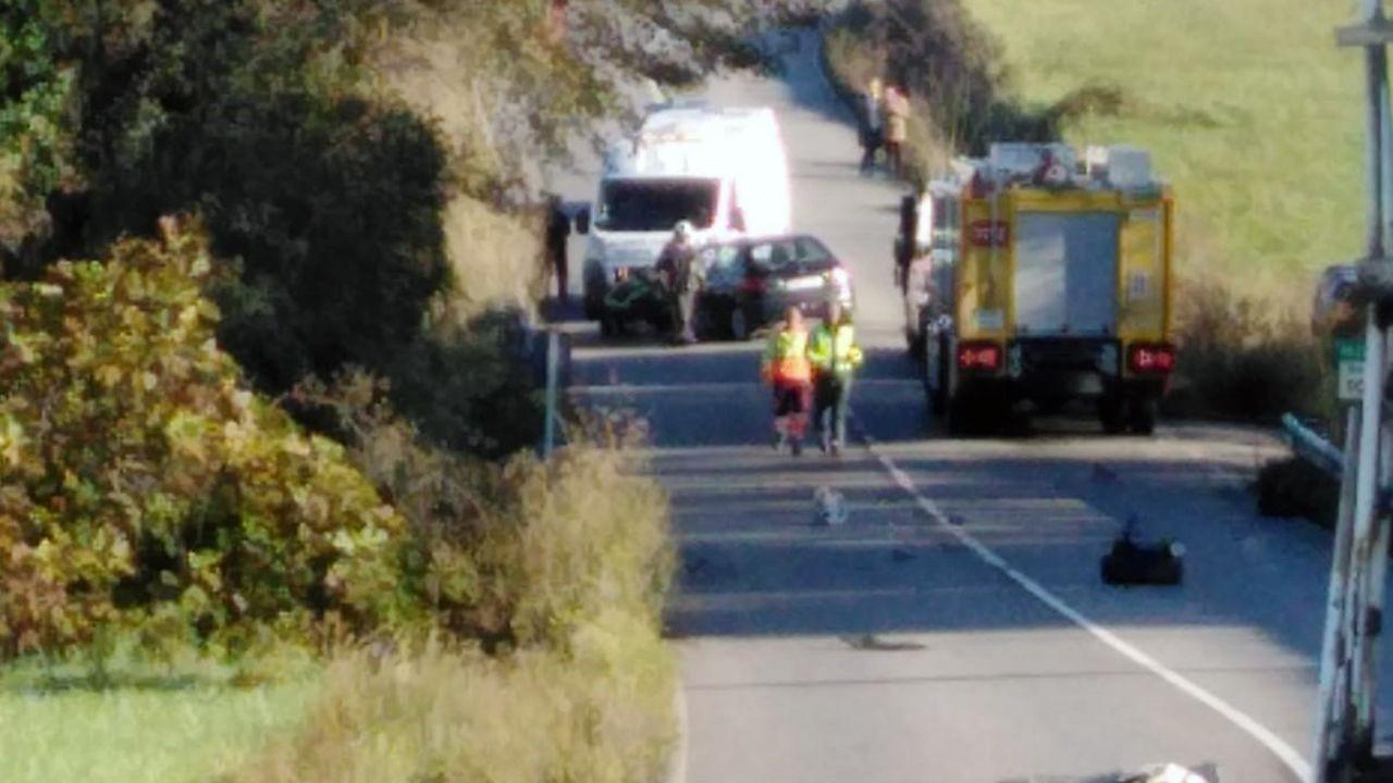 Accidente de tráfico en la carretera entre Avilés y Luanco