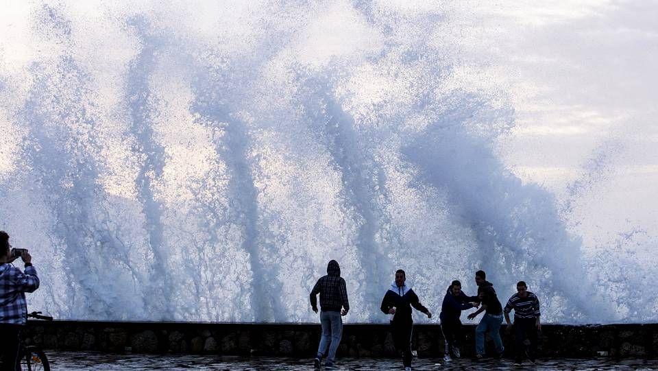 Carballo XXL.Tormenta eléctrica sobre Pontevedra