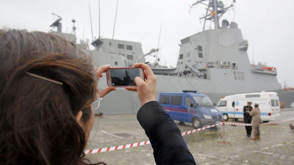 La «Méndez Núñez» zarpa de Ferrol para asumir el mando de la OTAN