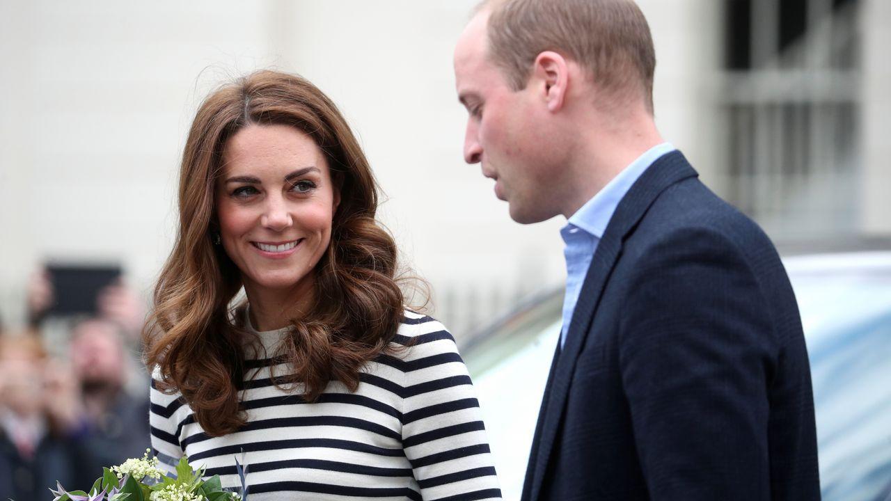 Meghan Markle y el príncipe Harry presentan a su bebé