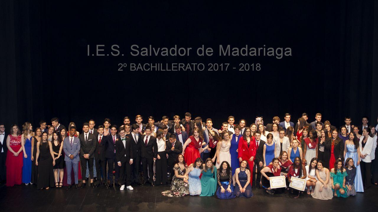 Los graduados del 2000 de la comarca coruñesa.