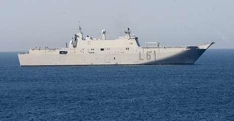 El «Juan Carlos I» es la mayor unidad de la Armada y fue construido en los astilleros de la ría.